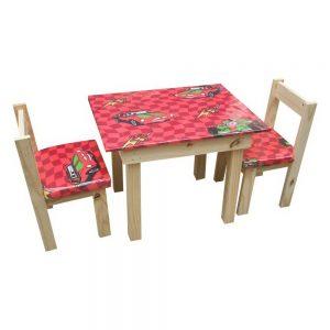 Mesa de niños con 2 sillas tapizadas